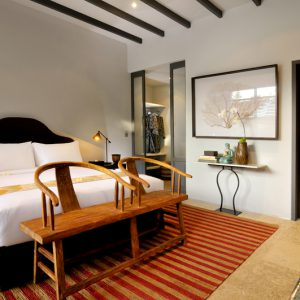 Room & Vespa 1 - Bedroom 2