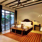 Room & Vespa 1 - Bedroom 4