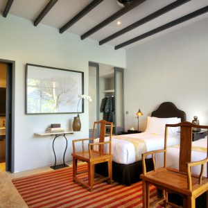 Room & Vespa 1 - Twin bed